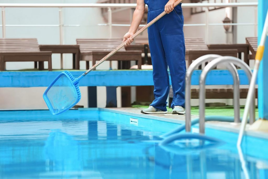 pool-cleaning